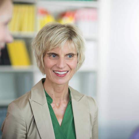 Porträtfoto Petra Kanz - Rechtsanwältin, Steuerberaterin - Fachanwältin Steuerrecht
